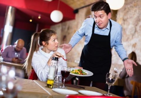 penyebab bisnis restoran bangkrut